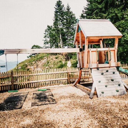 Spielplatz im Waldspielpark Zahmer Kaiser
